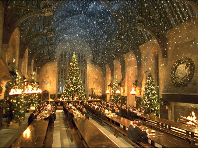 You can have Christmas dinner in the Great Hall this year like an ACTUAL WIZARD