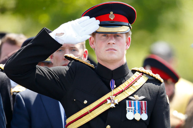 Cute pictures of Prince Harry being hot