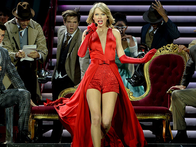 Taylor Swift makes music history with her two number ones