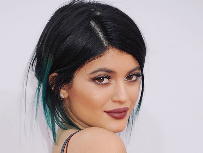 "Kylie Jenner quits school for her ""brand"""