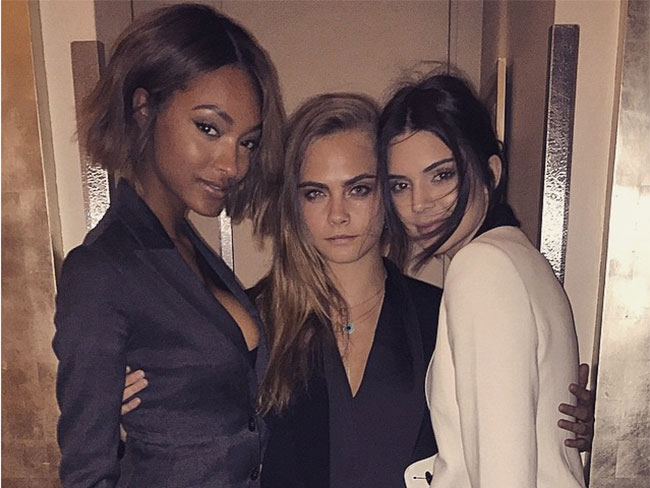 Trend alert: supermodels suit up
