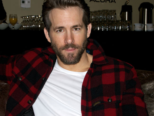 Ryan Reynolds Breastfeeds Baby