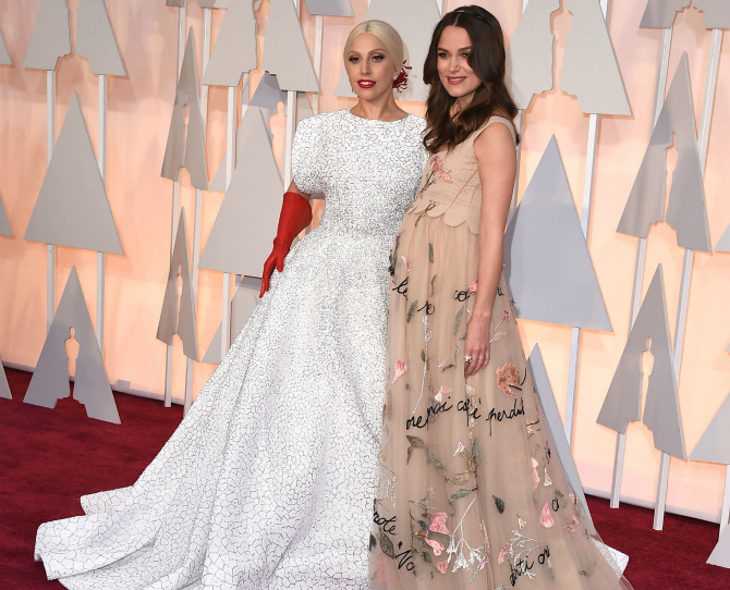 Keira Knightley Wins at Oscars Fashion