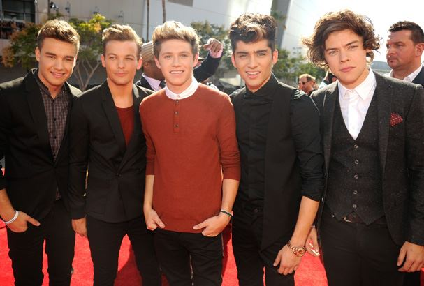 One Direction arrive on the red carpet.