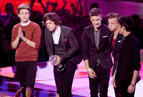 One Direction take out Best Pop Video.