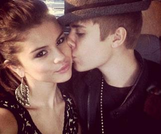 Selena Gomez writing love songs about Justin Bieber