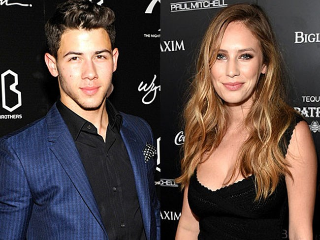 "Nick Jonas gets ""sexy and steamy"" with Dylan Penn"