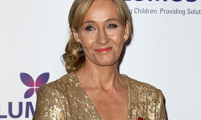 J.K Rowling shuts down homophobic Twitter user