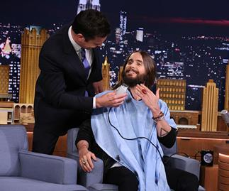 Jimmy Fallon sorts out Jared Leto's unruly beard
