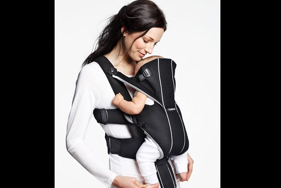 ***BABY CARRIER OF THE YEAR***  Gold: BabyBjörn Baby Carrier Miracle