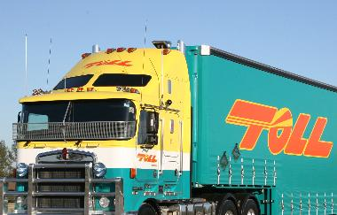 Httpsownerdriverindustry news1312truck and dogs 32760g fandeluxe Gallery