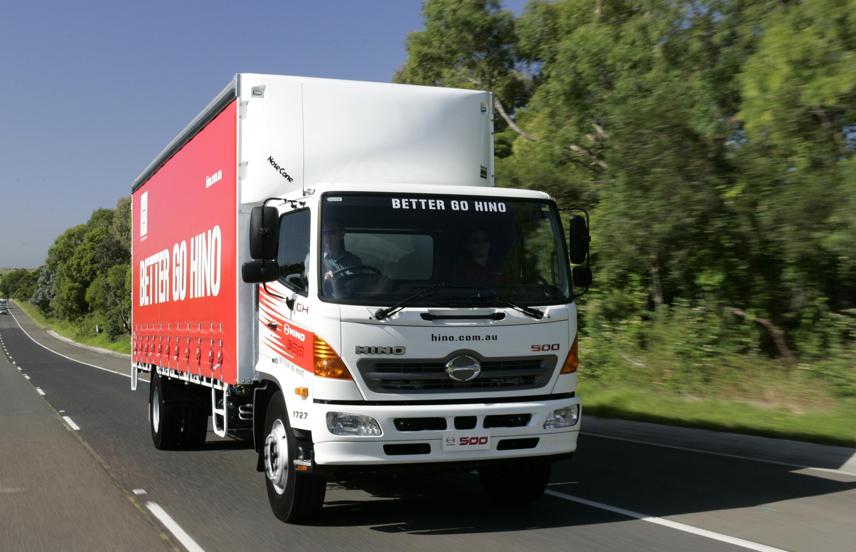 Httpsownerdriverindustry news1312truck and dogs 7938g fandeluxe Gallery