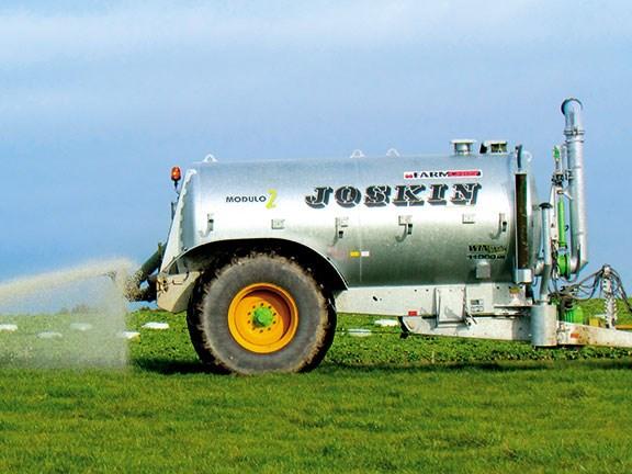 Test Joskin Modulo2 Slurry Spreader Farm Trader New Zealand