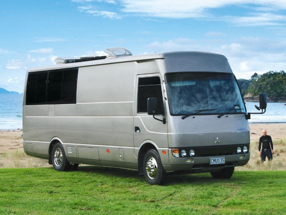 Mitsubishi Rosa Motorhome And Caravan Destinations New