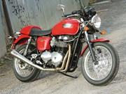 Triumph Thruxton test