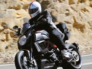Quick Fang: Ducati Diavel