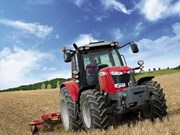 Massey Ferguson four-cylinder MF6600 tractors power into Australia