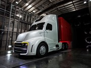 Freightliner's Revolution Innovation Truck is equipped with aerodynamic and fuel-saving technologies.