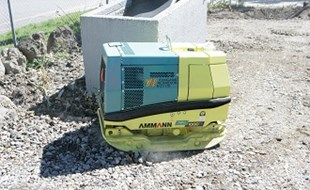 The Ammann APH 1000TC compactor is a breeze to operate yet delivers maximum force for compaction.