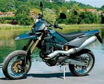 Husqvarna SM610 - Supermoto Strada Review