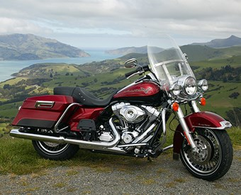 Harley-Davidson FLHR Road King Review