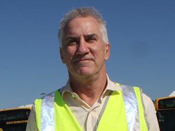 Alan Warren to leave Brisbane Transport as contracts likely to go private
