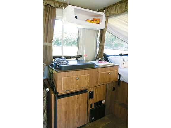 Flagstaff Mac 228d Pop Top Camper Review Motorhome And