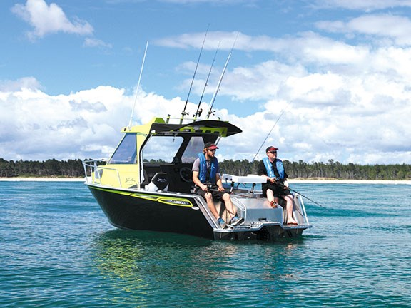 Shallow water fishing trade a boat new zealand for Shallow water fishing boats
