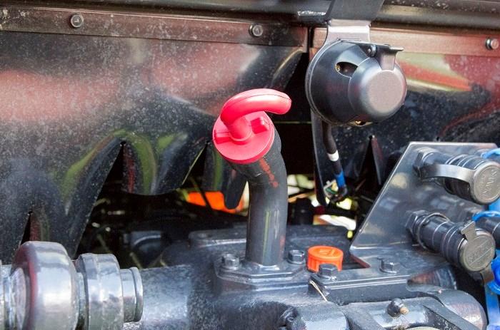 Lk2554 Kioti Hydraulic Control Lever : Kioti px cabin tractor review trade farm machinery