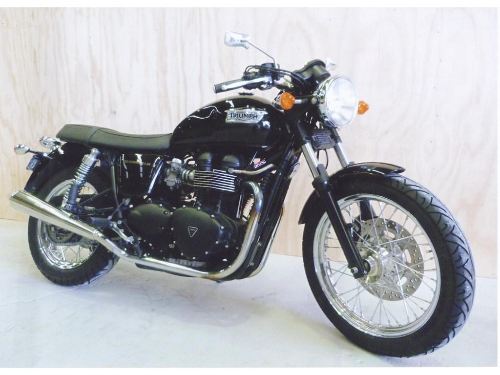 motorcycle for sale triumph bonneville pictures. Black Bedroom Furniture Sets. Home Design Ideas