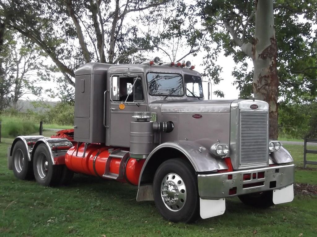 Old Peterbilt Trucks for Sale