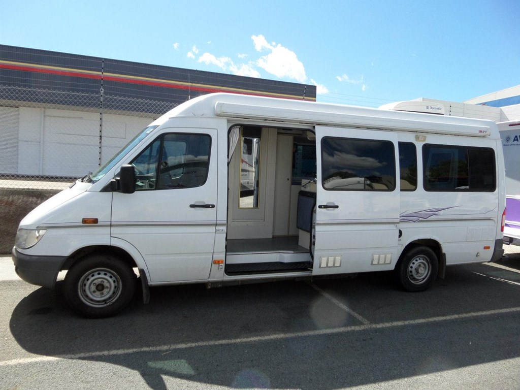 Mercedes sprinter motorhomes sale australia for Mercedes benz rv used