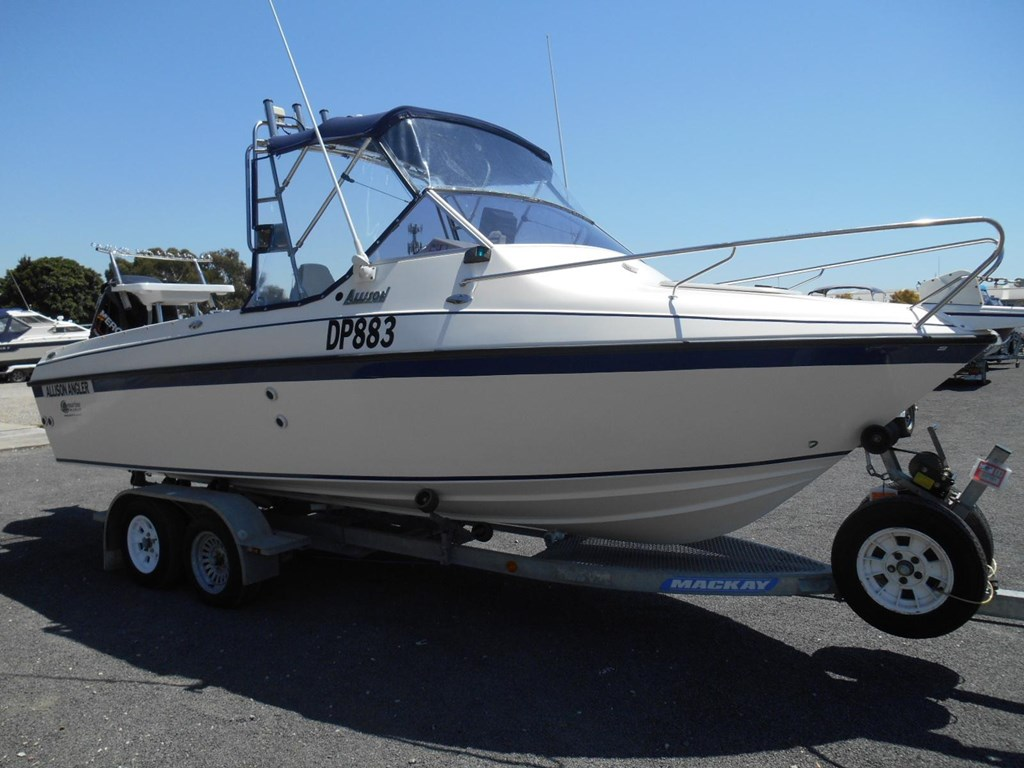 Fishing boats for sale used fishing boats new fishing for Used fishing kayaks for sale