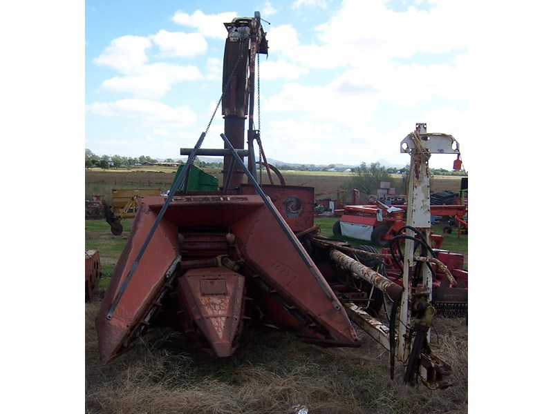 Forage Choppers for Sale http://www.tradeearthmovers.com.au/detail/harvesting/forage-harvesters/gehl/forage-chopper/1181