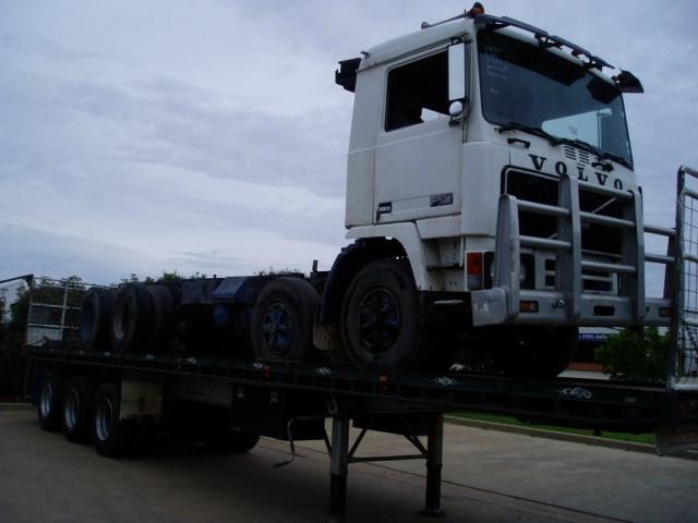 1986 Volvo F12 Dismantling