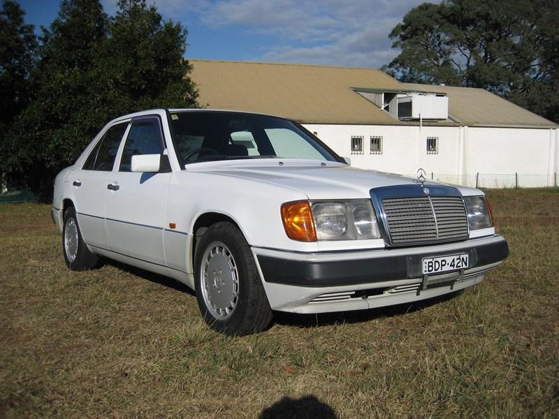Mercedes benz 230e vm 1991 for Mercedes benz 230e