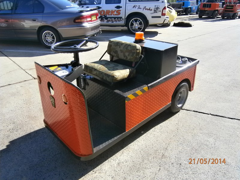 Mule Tow Tractor : Taylor dunn c for sale