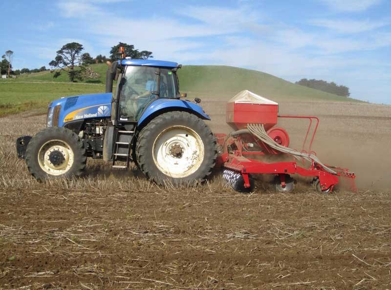 Compact Tractor Seeder : Lely tulip polymat compact airseeder tillage and