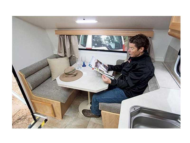 Trakmaster Gibson Rv Towing Caravans Specification