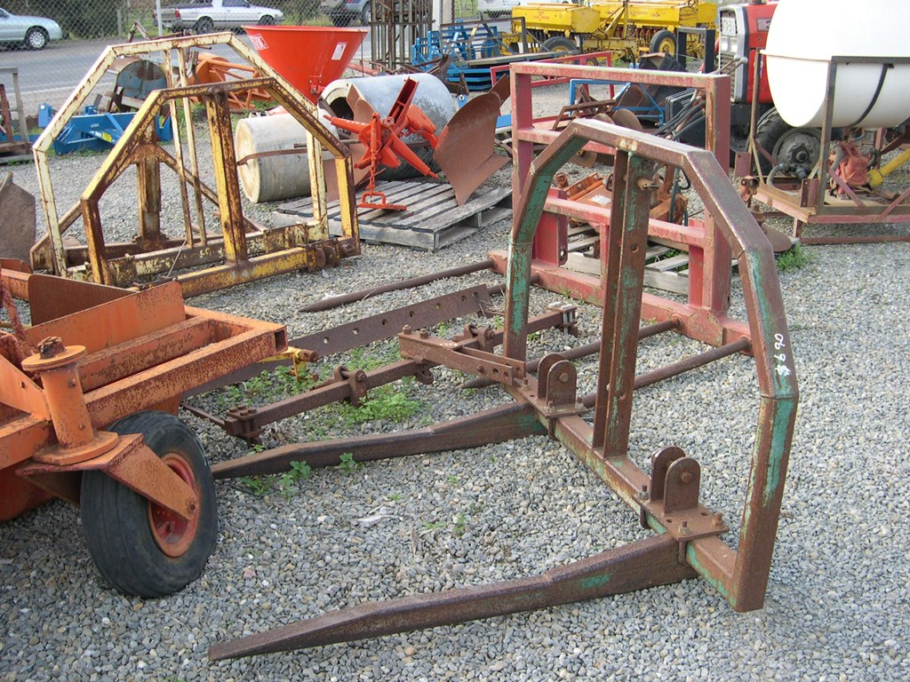 Hay Tractor With Loader : Unknown hay forks front end loader mounts for sale trade