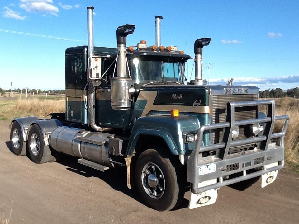 Mack Trucks Mack Trucks Superliner