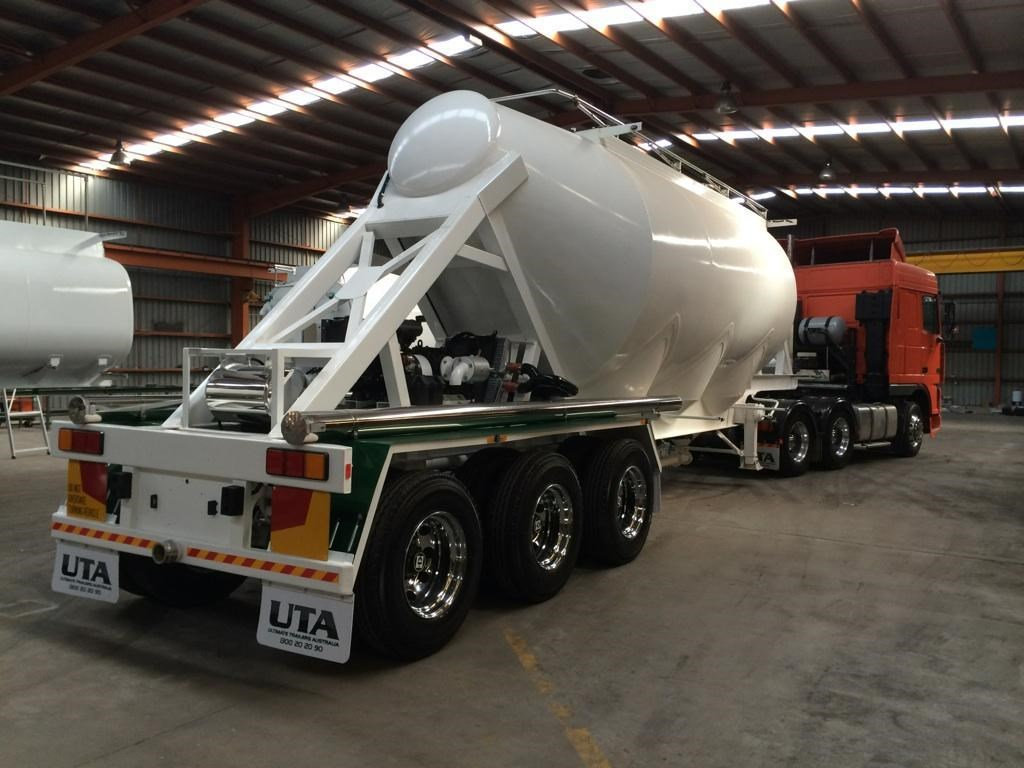 Trucks With Blowers : Bulk grain blower truck autos post